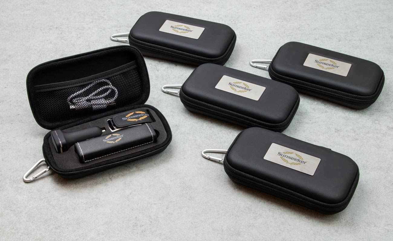 Leather M - Custom USB, power bank branded and custom car chargers